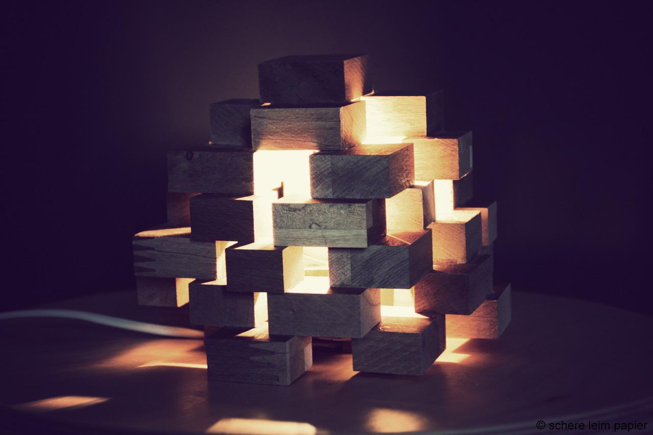 diy kl tzchen lampe aus holz schereleimpapier diy blog. Black Bedroom Furniture Sets. Home Design Ideas